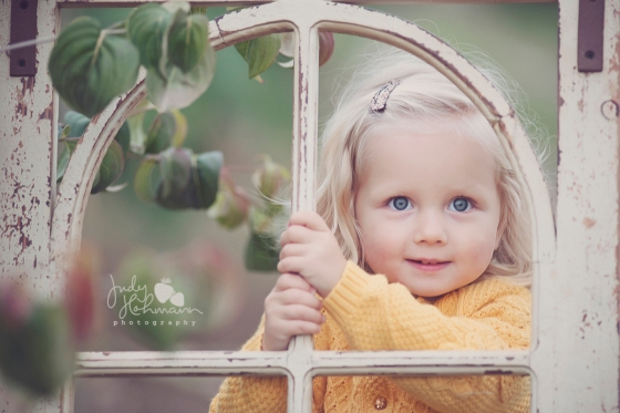 Kinderfoto_Fenster_Hannover_Fotograf
