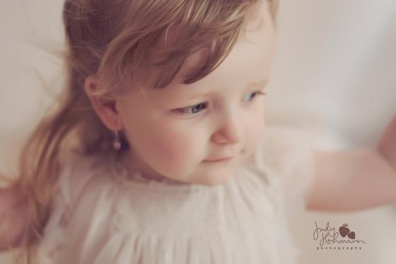 Lina_Kinderfotos_Schaukel