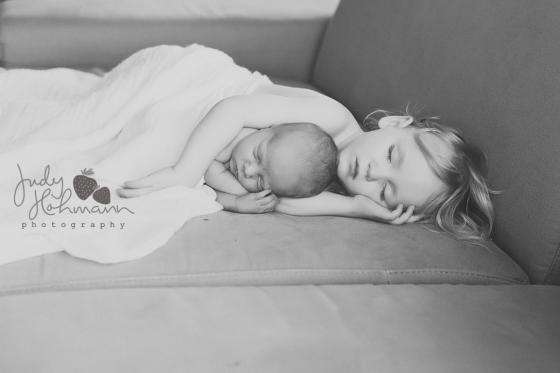 Schlafende_Geschwister