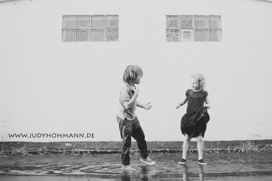 Regenfotos_Kinderfotograf_Hannover