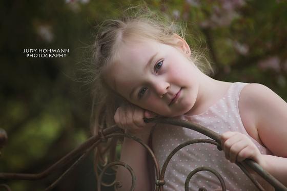 Traumhafte_Kinderfotos_Garten_Hannover