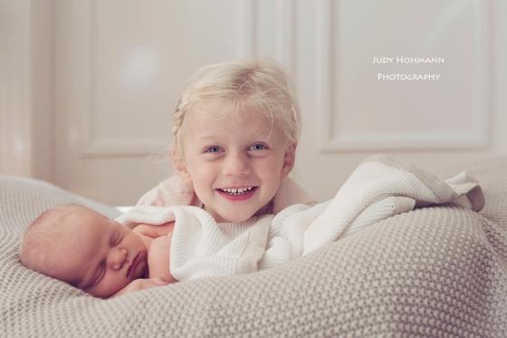 Bruder_Schwester_Babyfotografie_Judy_Hohmann