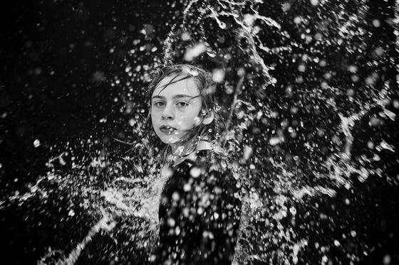 Kinderportrait_Wasser_Welle