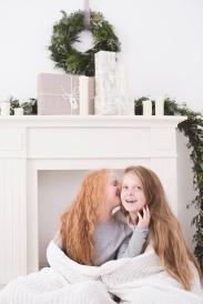 Schwestern_Weihnachtsfotos_Studio_Hannover