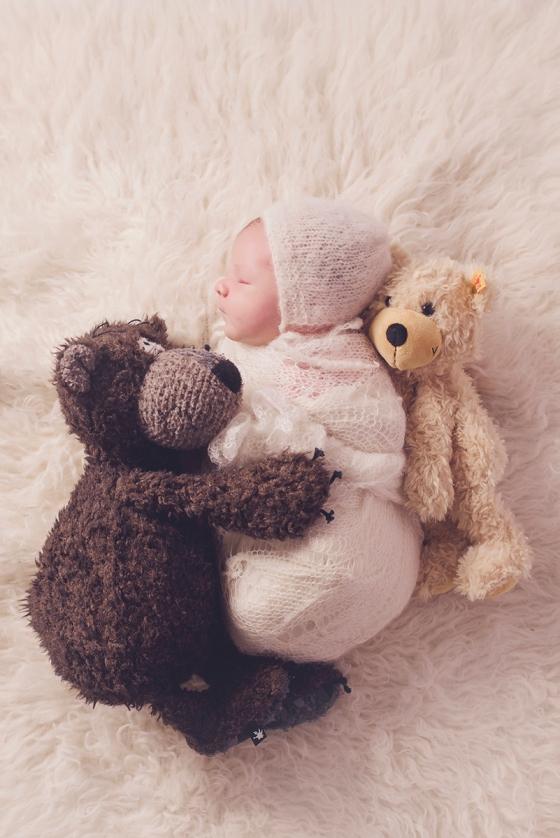 Baby_mit_Teddy
